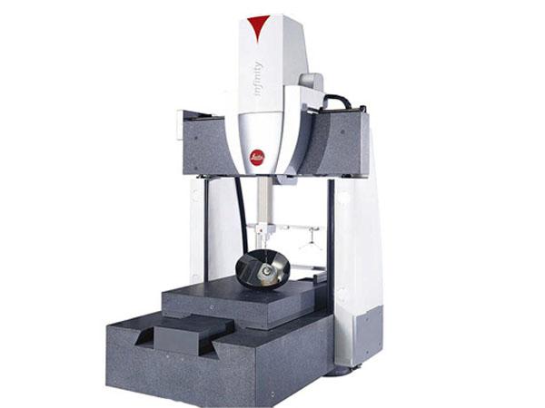 超高精度三坐标测量机